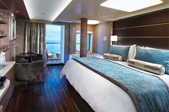 The Haven Spa Suite con balcón en el Norwegian Escape
