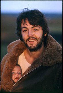 Paul y Mary. Escocia, 1969. © Paul McCartney / Fotógrafa: Linda McCartney